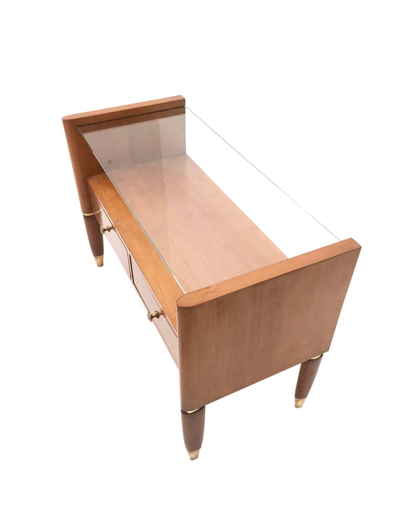 Mid-20th Century Walnut Nightstand with a Glass Top, Italy, 1940s For Sale