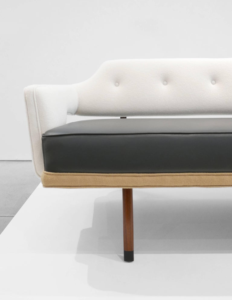 Edward Wormley Sculptural Sofa for Dunbar, circa 1960s For Sale 2