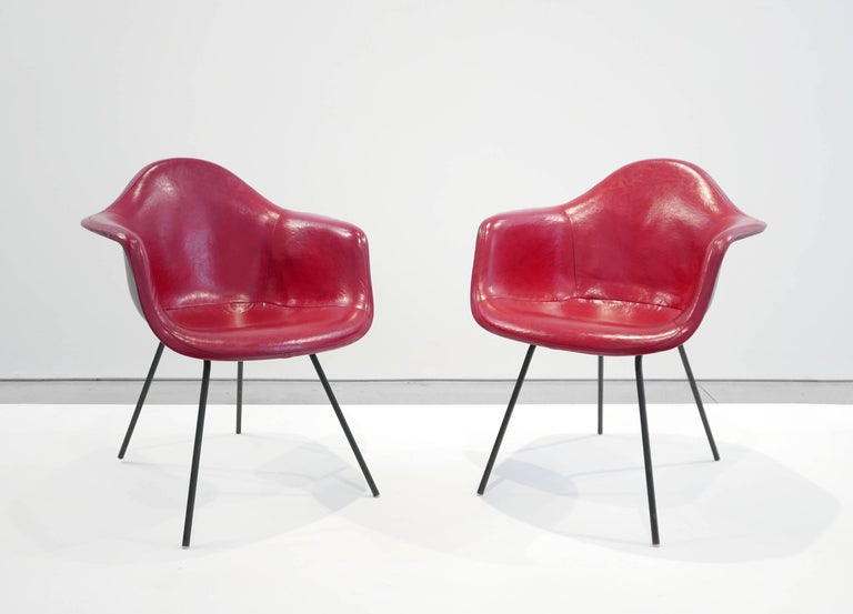 Mid-Century Modern Charles and Ray Eames Pair of 'DAX' Chairs For Sale