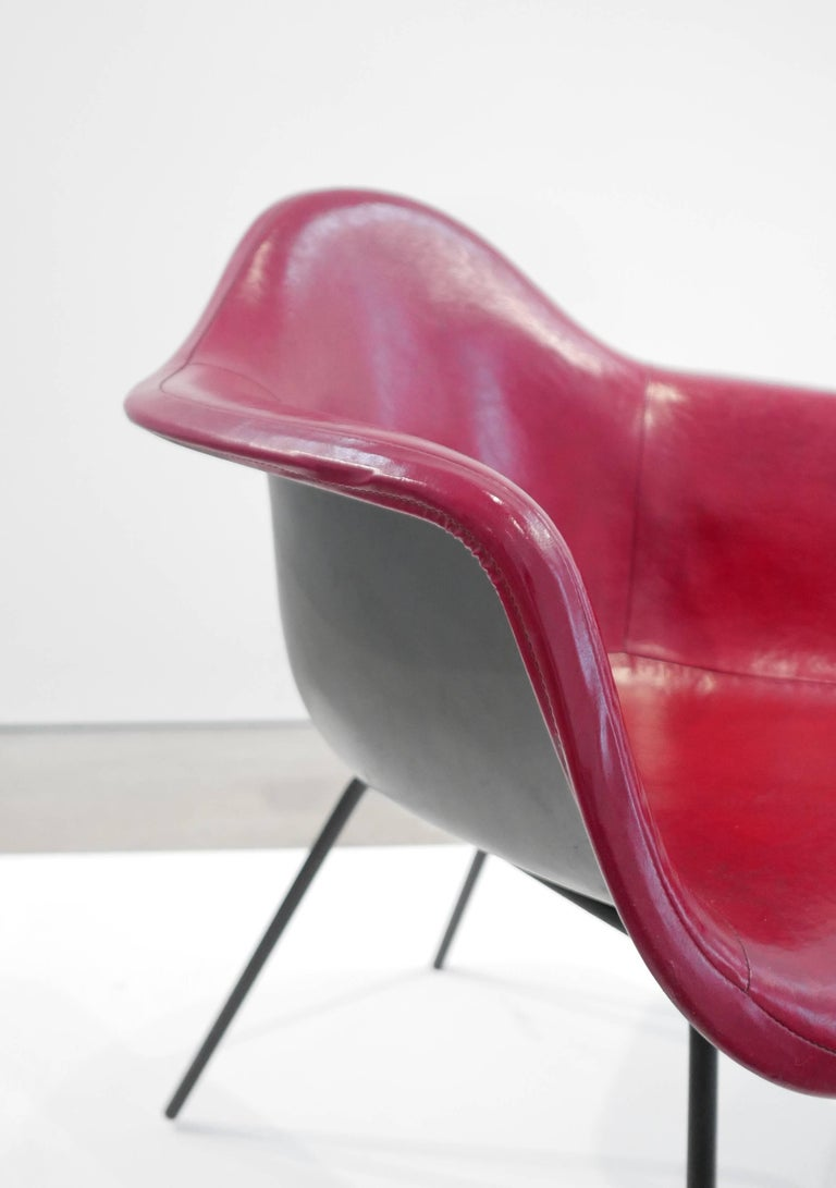 Charles and Ray Eames Pair of 'DAX' Chairs In Excellent Condition For Sale In LAGUNA BEACH, CA