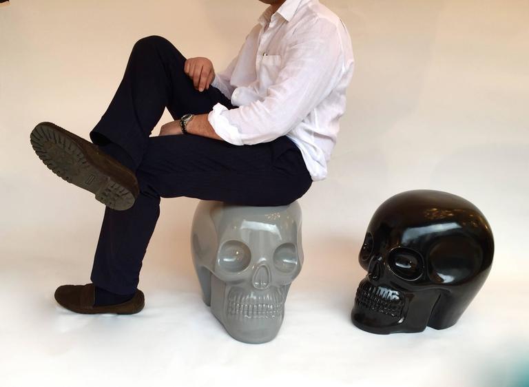 Italian Stool Skull in Grey Ceramic by Antonio Cagianelli, Contemporary For Sale