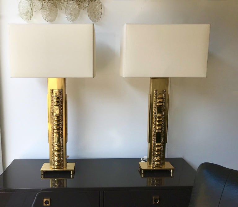 Brutalist Pair of Brass Lamps by Luciano Frigerio. Italy, 1970s For Sale
