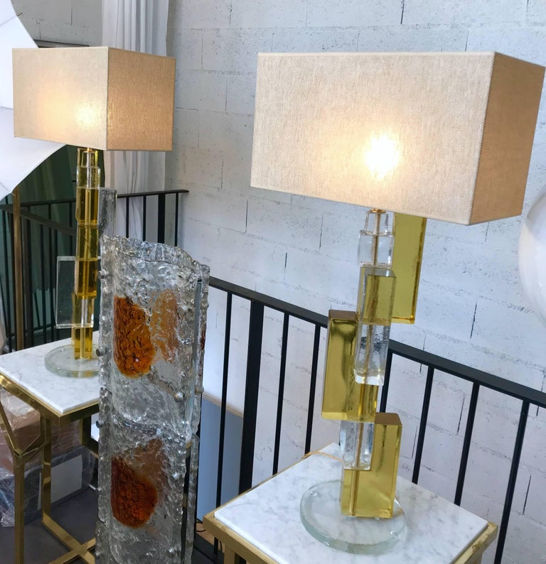 Contemporary Pair of Lamps Cubic Murano Glass and Brass For Sale 8