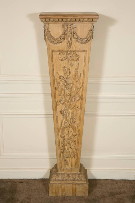 "Late 18th Century Pair of Louis XVI Style ""Gaine"" Pedestal in Carved Pine  For Sale"