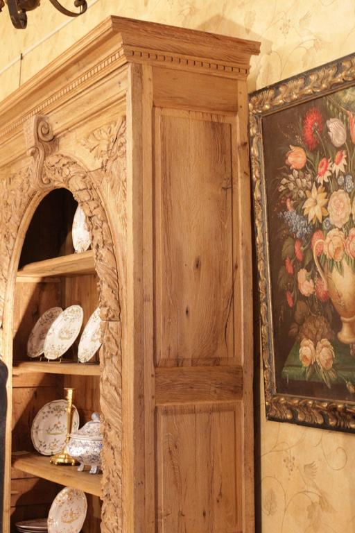 French, 18th Century, Oak Bibliotheque Book Case and Display Cabinet For Sale 1