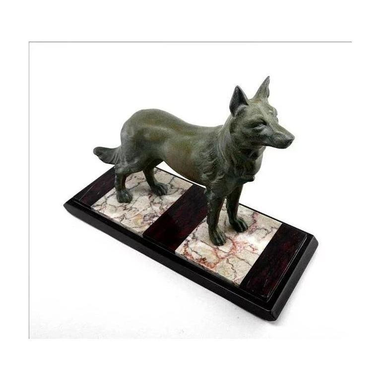German Shepherd Sculpture by Louis-Albert Carvin, 1930 In Excellent Condition For Sale In Saint-Amans-des-Cots, FR