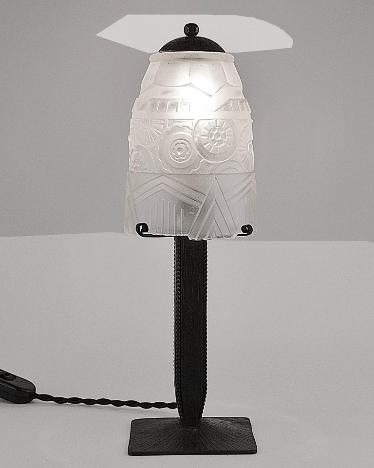 charles piguet french art deco table lamp 1925 for sale at 1stdibs. Black Bedroom Furniture Sets. Home Design Ideas