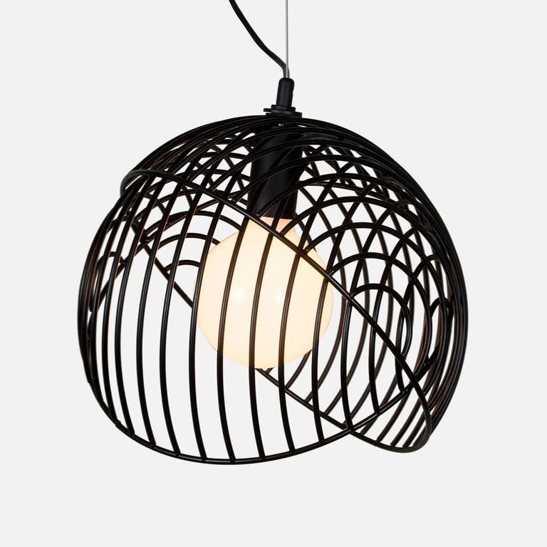 Dana is a bold and graphic pendant light that can be used individually or in clusters of up to five. Two wire hemispheres lock together to create an endless number of shapes from a full sphere to a half sphere and literally everything in between.