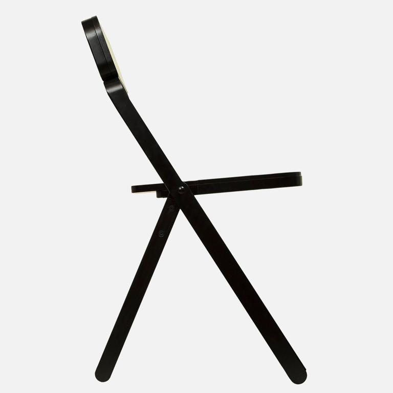 Set of Four Profile Folding Chairs, Black and Black, from Souda, Made to Order In New Condition For Sale In Brooklyn, NY