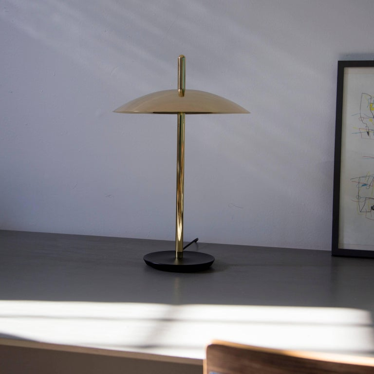 Modern Customizable Signal Table Light from Souda, White x Nickel, Made to Order For Sale