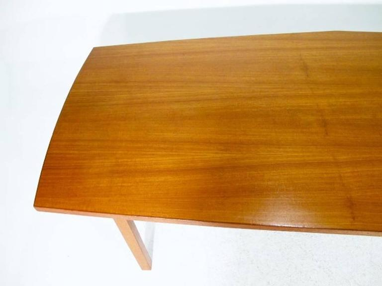 Danish Conference Table or Dining Table from the 1960s Made in Teak In Excellent Condition For Sale In Helsingborg, SE