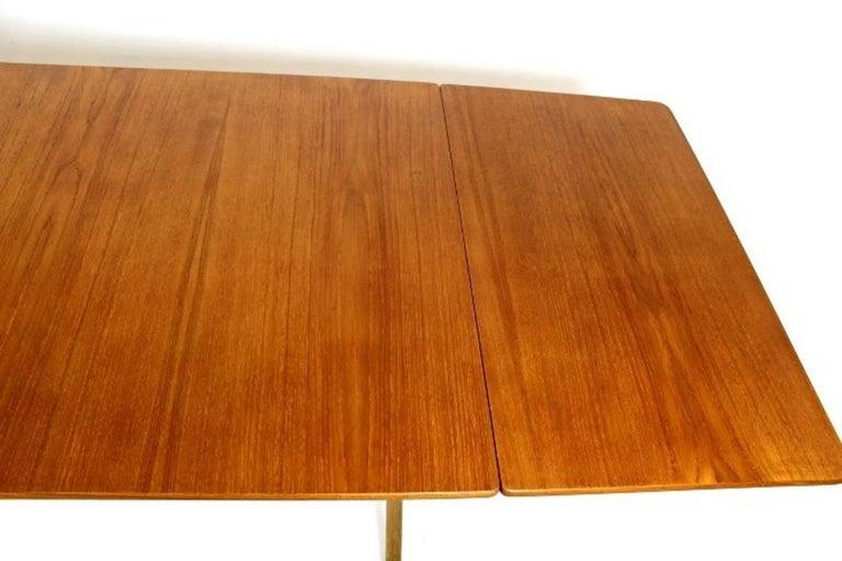 Scandinavian Dining Table with Cross-Leg, At-309 Hans J Wegner for Andreas Tuck For Sale 2
