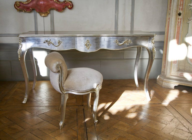 Louis XV Writing Desk or Vanity Table For Sale 1