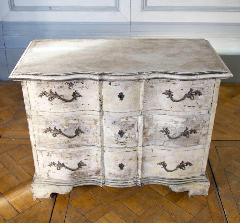 British Louis XIV Arbalette Chest of Drawers For Sale