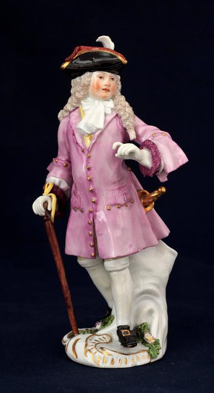 Meissen porcelain figure of The Squire of Alsatia, street traders of London. Model by J.J. Kaendler and P. Reinicke, circa 1754.