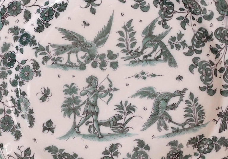 Moustiers 'France', 18th Century, Plate Earthenware with Grotesque Fantasy In Excellent Condition For Sale In Paris, FR