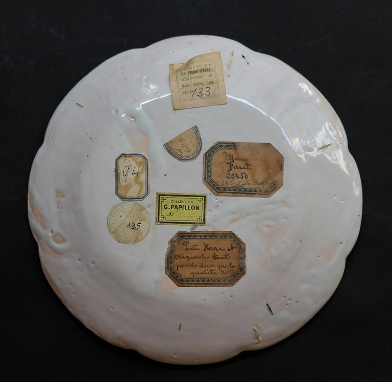 French South of France, 18th Century, Plate in Faience with a Royal Flush For Sale