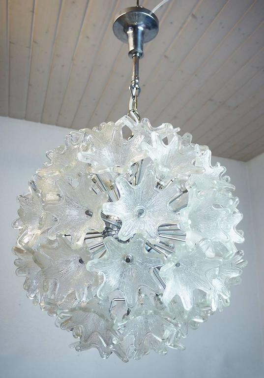Murano Chrome & Glass Flower Sputnik Chandelier by Venini for VeArt Italy, 1960s In Excellent Condition For Sale In Niederdorfelden, Hessen