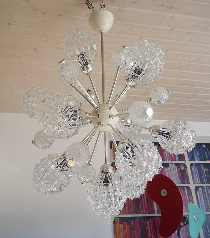 Mid-Century Modern Richard Essig Bubble Glass Sputnik Chandelier For Sale