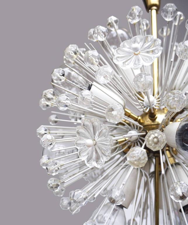 Snowball Sputnik Chandelier by Emil Stejnar for Rupert Nikoll In Excellent Condition For Sale In Niederdorfelden, Hessen