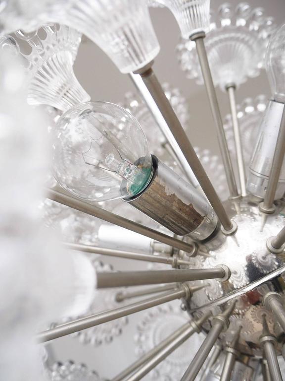 Lucite Flowers Sputnik Chandelier Dandelion Clock, 1960s For Sale 1