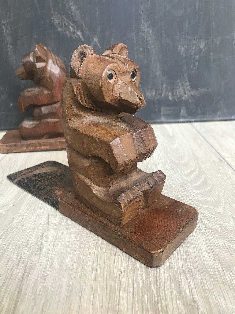 Highly Decorative Pair of Hand-Carved Art Deco Era, Wooden Sitting Bear Bookends For Sale 2