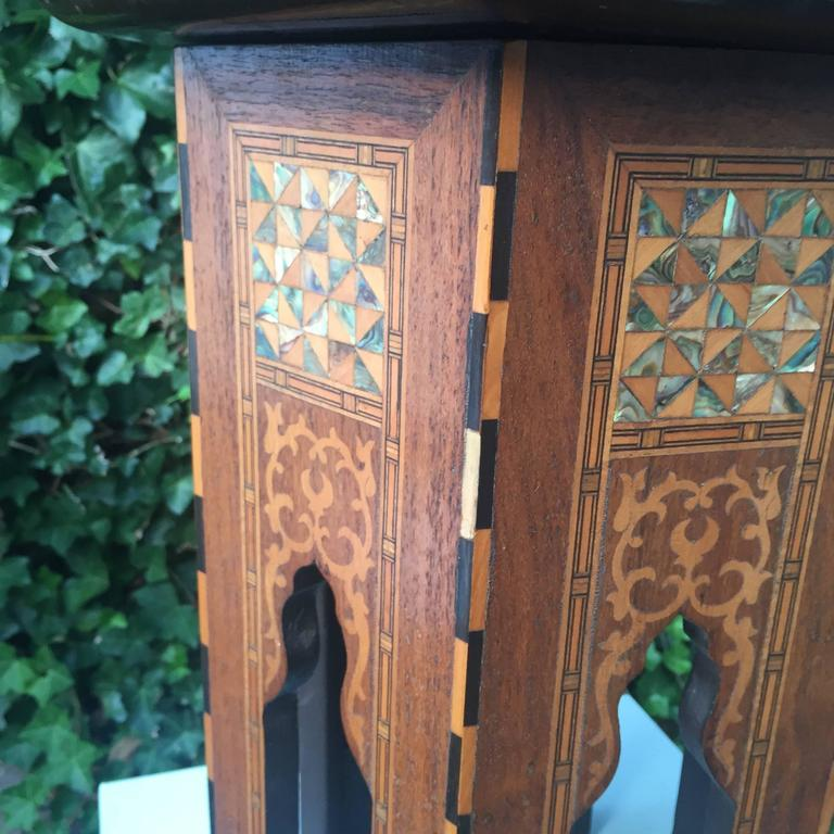 British Early 1900s Inlaid Moorish Coffee Table or Stand in the Style of Liberty and Co For Sale
