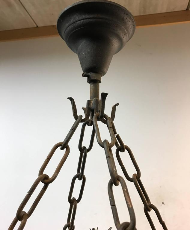 Impressive Large Forged Wrought Iron Eight-Light Chandelier w Dragon Sculptures In Excellent Condition For Sale In Lisse, NL