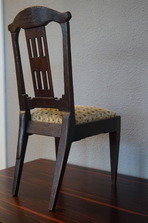 Antique Handcrafted Jugendstil Oak Miniature or Doll Chair Beautiful Design In Excellent Condition For Sale In Lisse, NL