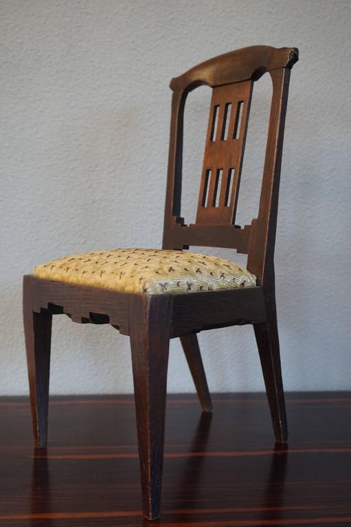 Antique Handcrafted Jugendstil Oak Miniature or Doll Chair Beautiful Design For Sale 2