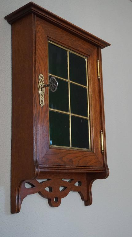 Dutch Stunning Little Art Nouveau Wall Cabinet for Keys with Brass and  Green Glass For Sale - Stunning Little Art Nouveau Wall Cabinet For Keys With Brass And
