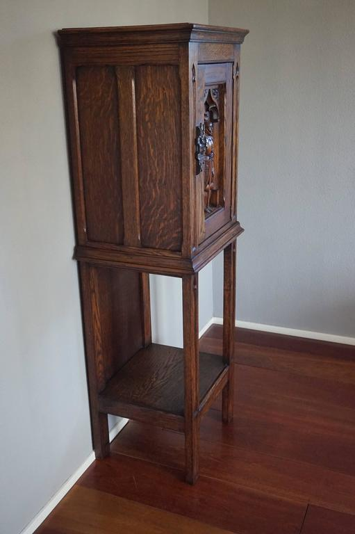 Gothic Revival Oak Dry Bar / Hallway Cabinet with Carved Knight & Cast Iron Lock 5