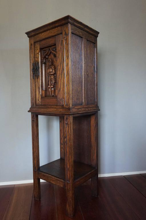 Hand-Carved Gothic Revival Oak Dry Bar / Hallway Cabinet with Carved Knight & Cast Iron Lock For Sale