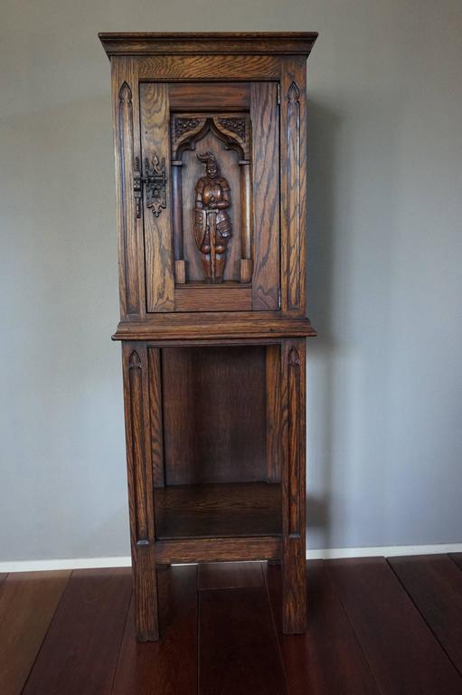 Gothic Revival Oak Dry Bar / Hallway Cabinet with Carved Knight & Cast Iron Lock 9