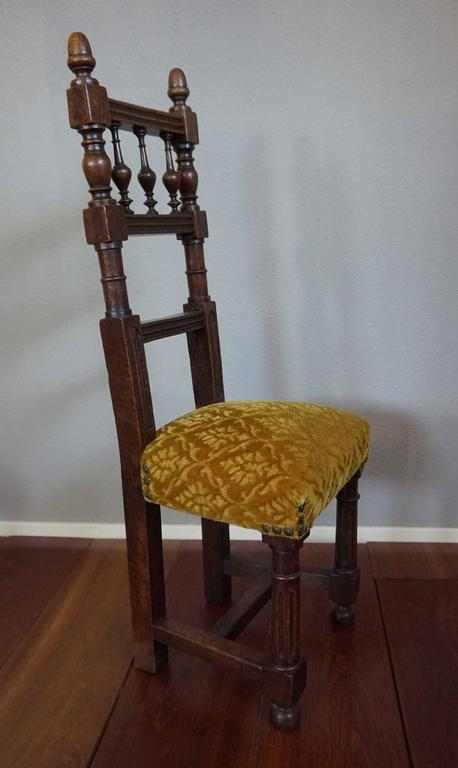 Two Excellent & Rare Handcrafted Solid Oak Chairs for Small Children or Dolls For Sale 4