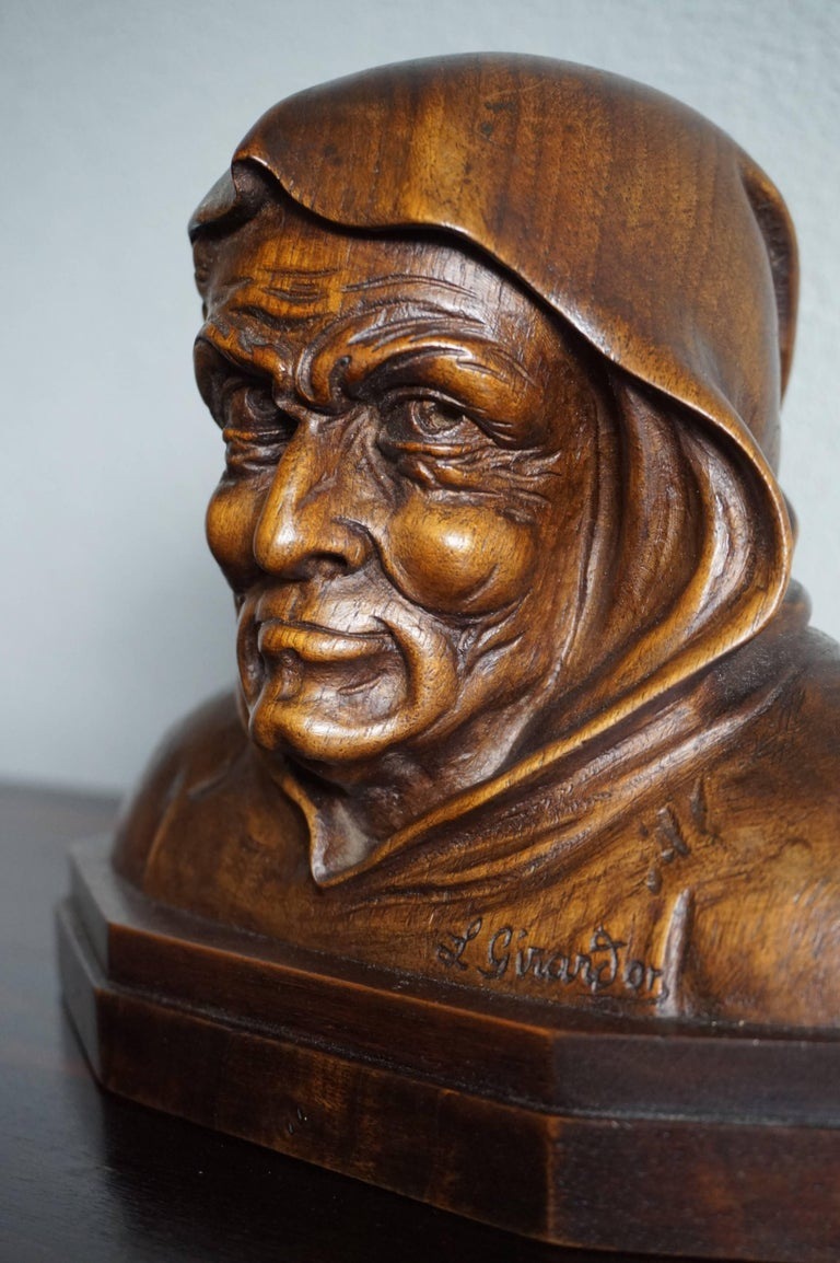 Pair of Antique Hand Carved Renaissance Revival Caricature Monk Sculptures In Excellent Condition In Lisse, NL