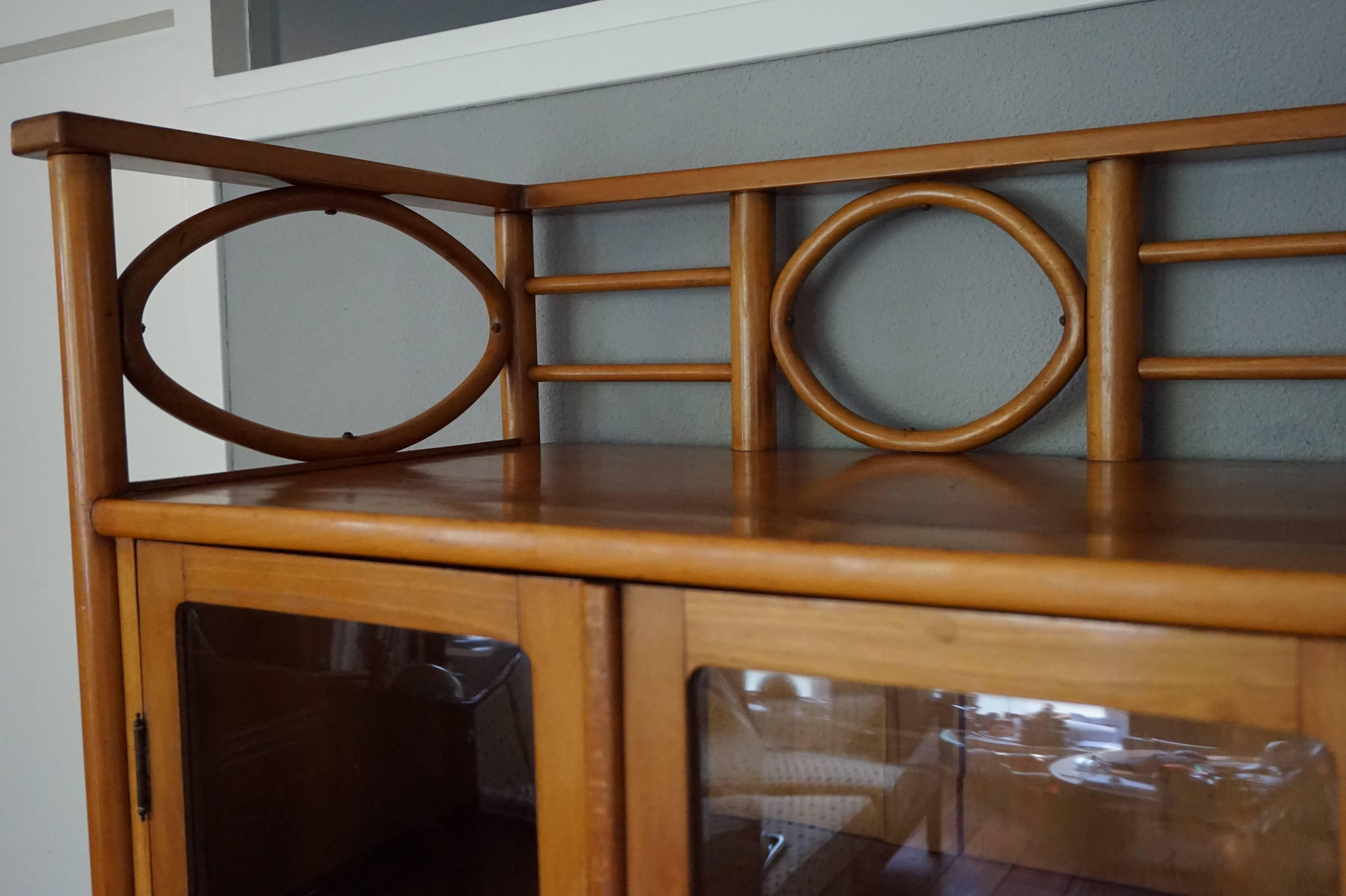 Antique Hoffmann Style Viennese Cupboard Cabinet Of Beechwood And Beveled  Glass In Excellent Condition For Sale