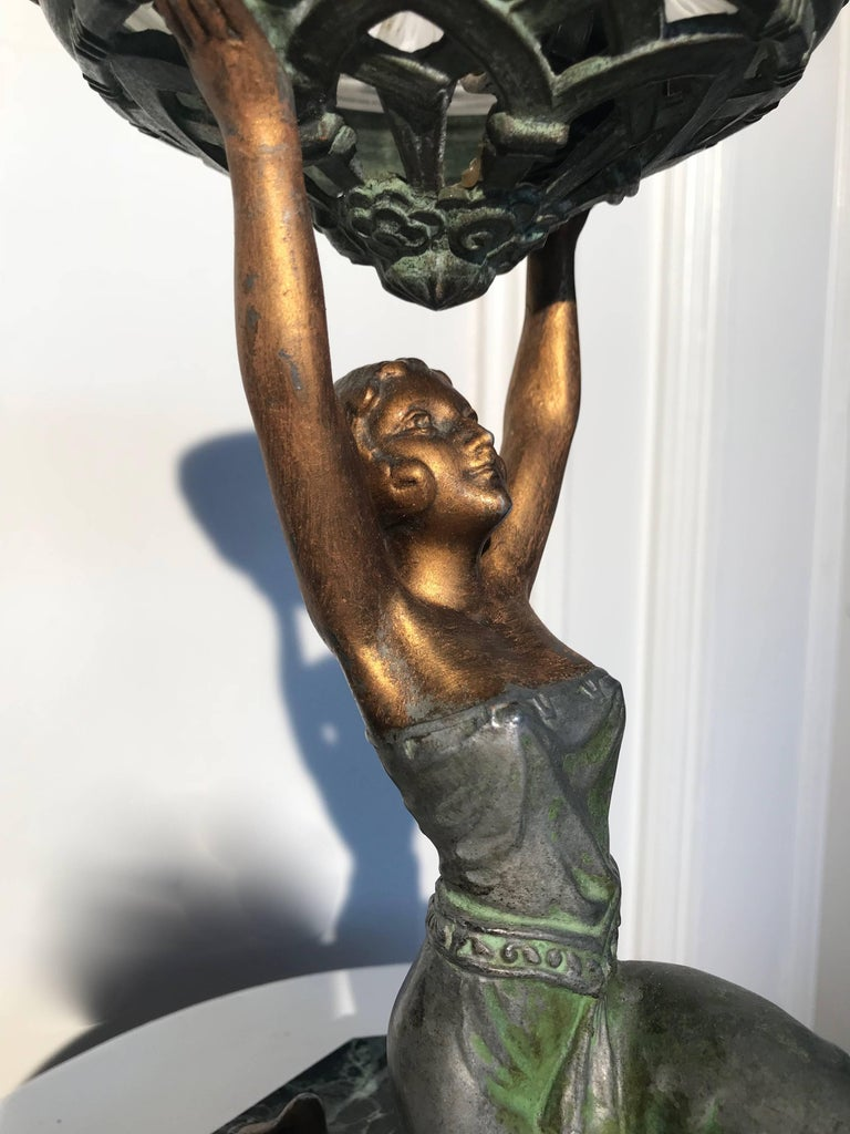 Art Deco Female Sculpture on a Marble Base Table Lamp Marcel Bouraine Attributed For Sale 2