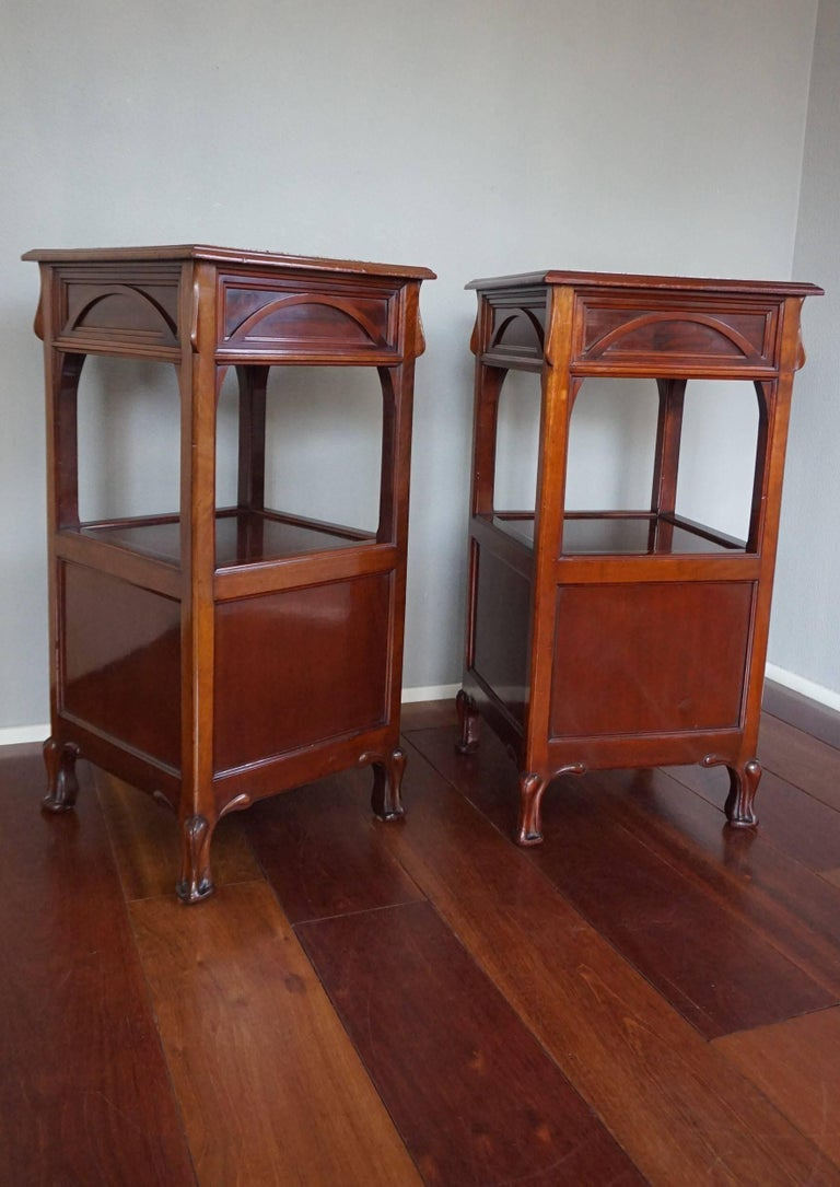 Rare Art Nouveau Mahogany Bedside Cabinets / Nightstands Louis Majorelle Style In Good Condition For Sale In Lisse, NL