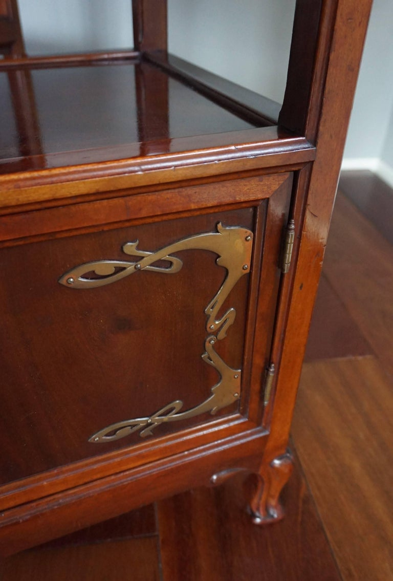 Rare Art Nouveau Mahogany Bedside Cabinets / Nightstands Louis Majorelle Style For Sale 1