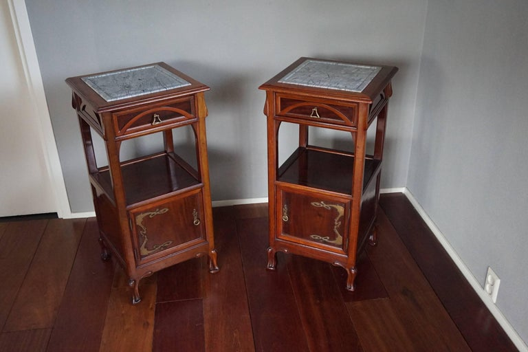 Rare Art Nouveau Mahogany Bedside Cabinets / Nightstands Louis Majorelle Style For Sale 3