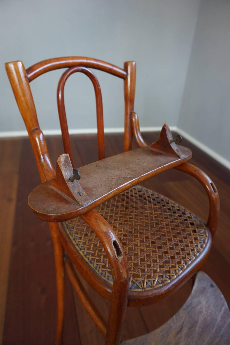 Hand-Crafted Antique Thonet Bentwood Puppenmobel Doll Chairs / Doll Furniture For Sale
