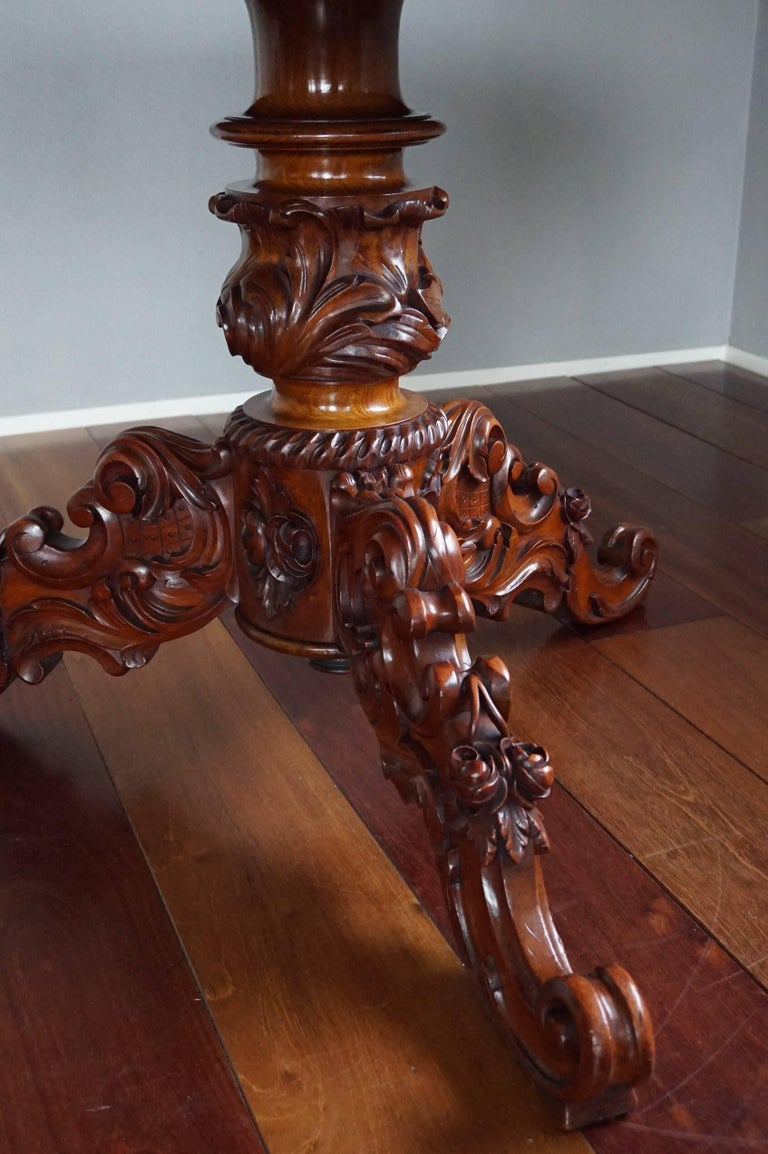 European 19th Century Mahogany Dining or Center Table with Hand-Carved Tripod Base For Sale