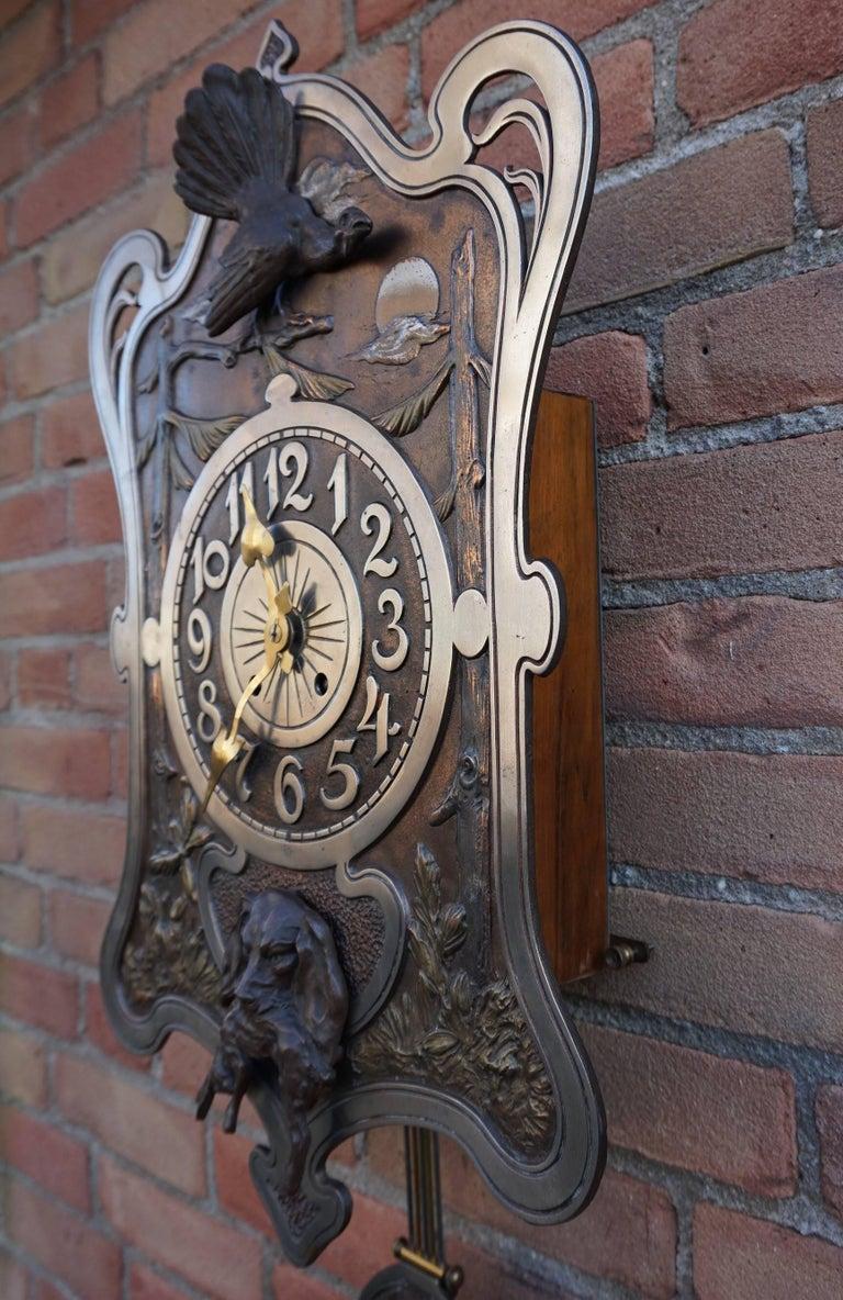 Antique Jugendstil Hunting Clock with Bronze Dog and Capercaillie Bird Sculpture For Sale 1