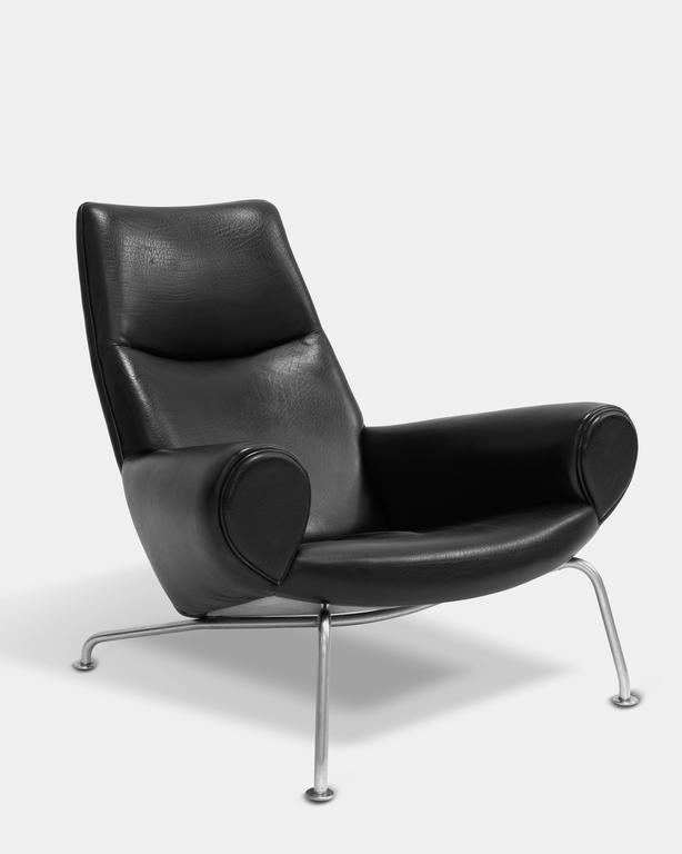 Queen chair by hans j wegner for sale at 1stdibs for Hans wegner queen chair