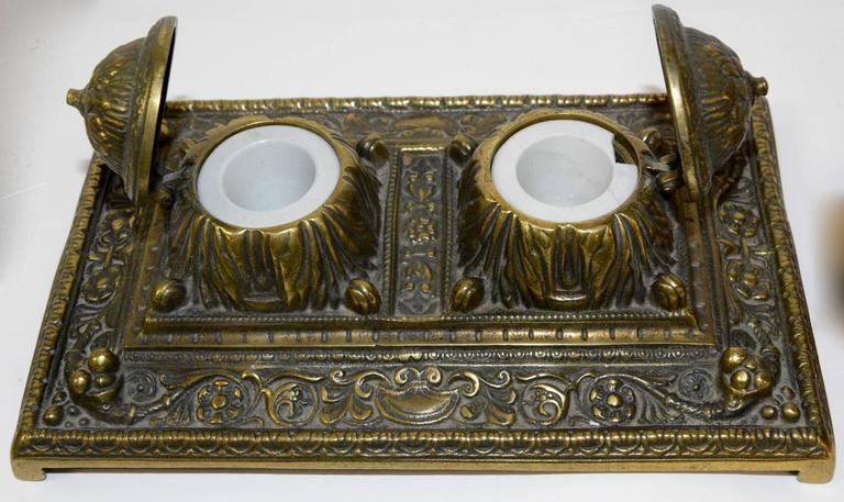 Victorian Bronze English Inkwell Set with Rocking Blotter For Sale 2