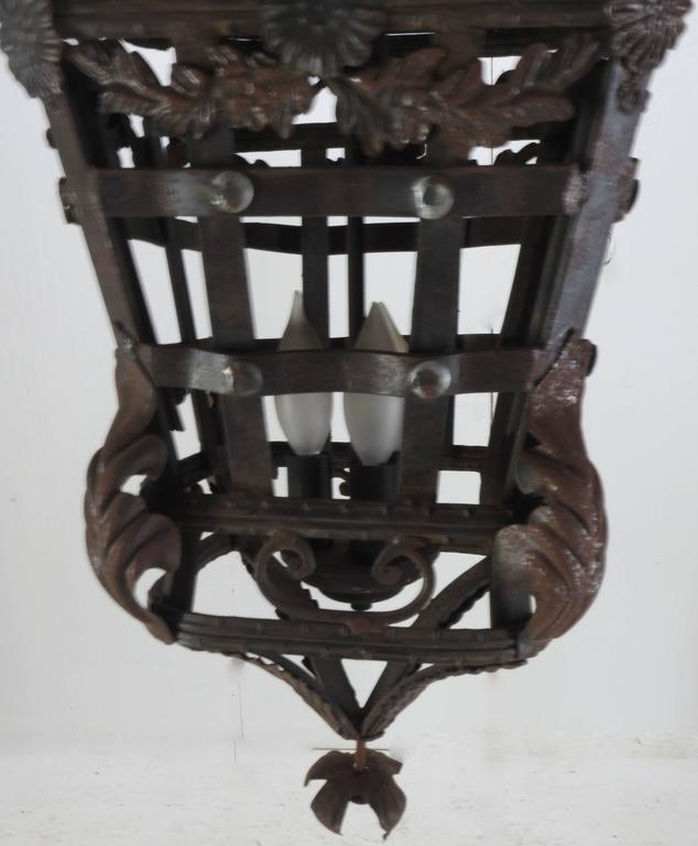 20th Century Spanish Cast Iron Light Fixture In Good Condition For Sale In Cookeville, TN