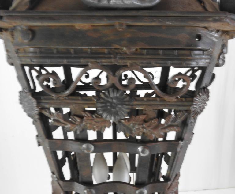 20th Century Spanish Cast Iron Light Fixture For Sale 3