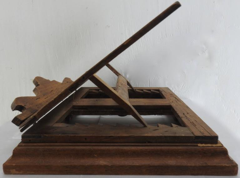 Hand-Crafted Late 18th Century Italian Olive Wood Book Stand For Sale
