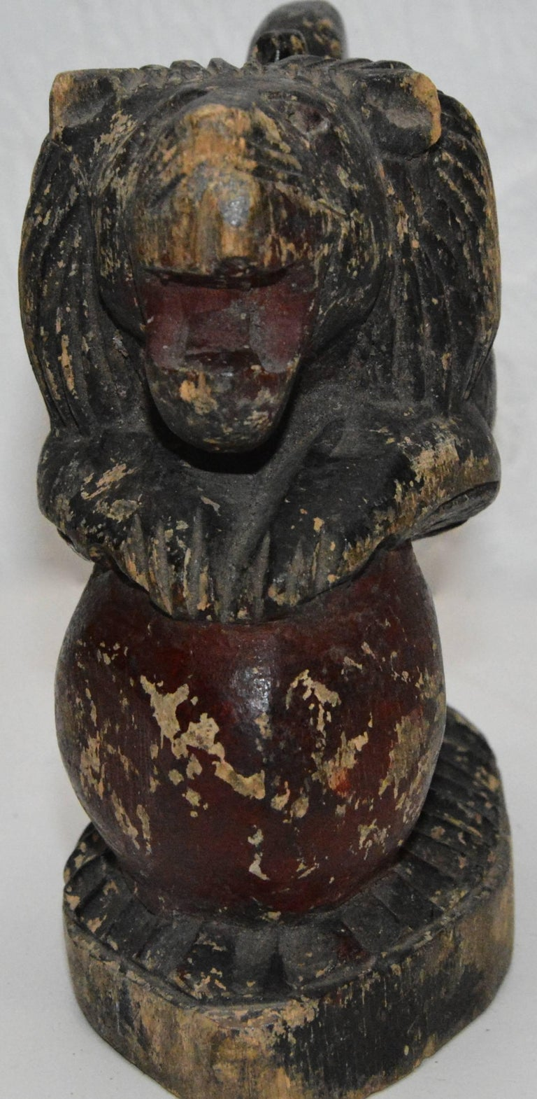Polychrome Wooden Lion on Red Ball Carving, 19th Century In Fair Condition For Sale In Cookeville, TN